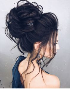 FEATURING: ALENA_FAMINA #updos #buns #MzManerzHairTeam |Be Inspirational ❥|Mz. Manerz: Being well dressed is a beautiful form of confidence, happiness & politeness Night Hairstyles, Braided Hairstyles, Wedding Hairstyles, Gorgeous Hairstyles, Evening Hairstyles, Hairstyles 2018, Hairstyles Pictures, Headband Hairstyles, Big Wedding Hair
