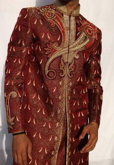 Buy Maroon Silk Readymade Sherwani 204341 online at lowest price from our mens wear collection at Indianclothstore.com. Woolen Clothes, Wedding Sherwani, Mens Fashion Online, Linen Blazer, How To Dye Fabric, Saree Collection, Indian Ethnic, Indian Sarees, Menswear