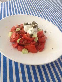 Greek Salad Greek Salad, Strawberry, Fruit, Cooking, Food, Kitchen, Eten, Strawberry Fruit, Strawberries