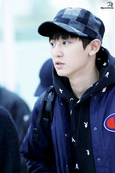 Chanyeol - 151109 Gimpo Airport, arrival from Tokyo Credit: 그놈. (김포공항 입국)