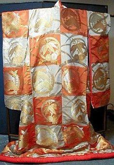 Uchikake Japanese wedding kimono