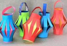 Paper lanterns for Chinese New Year, from Sophie's World. Cute colourful lanterns, perfect school craft activity for Primary school children to celebrate Chinese New Year!