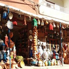 To buy...or not to buy something traditional? This is the question and an adaptation of Shakespeare to Morocco ...  http://www.morocco-objectif.com/  #moroccoobjectif #tajine #pottery #crafts #tradition #culture #decorations #souvenirs #nomad #berber #amazigh #africa #travel #world #instagram #passport #ourika #valley #trip #morocco #maroc #marruecos #marokko #marocco #marrocos #marrakesh #marrakesh #redcity  Morocco Desert Tour  Day trip from Marrakech