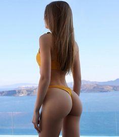 ( ・・・ Everything is possible if you just believe 💫️ Bikini Sexy, Bikini Girls, Thong Bikini, Top Fitness Models, Just Believe, Bikinis, Swimwear, Young Models, Bikini Bodies