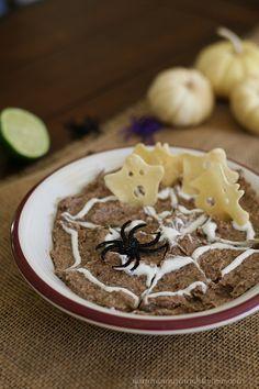 Yummy Mummy Kitchen: Scrumptious Spiderwebs & Sparkling Pumpkins {black bean dip recipe}