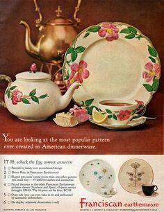 Desert Rose (vintage handmade in California by Franciscan Ware) Vintage Dinnerware, Vintage Plates, Vintage Ads, Vintage China, Vintage Stuff, Antique Dishes, Vintage Dishes, Vintage Kitchen, Desert Rose Dishes