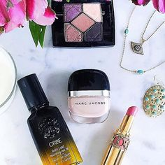 Things I'm loving: @carolbrodie jewelry, @oribe hair oil and @marcbeauty nail polishes. Hope everyone has a great day! #beauty #beautyblogger #makeup #beautycare #makeuplover #fashion #mua #flatlay #makeupjunkie #bblogger #blogger #makeupaddict #instamakeup #makeupforever #luxury #nails #lips #hair #haircare #hairstyle #nailpolish #lipstick #jewelry #eyeshadow #eyes #style #instablog
