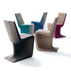 Ara Cardboard Chair by E+ Cardboard Chair, Cardboard Design, Cardboard Crafts, Cardboard Playhouse, Furniture Plans, Cool Furniture, Furniture Design, Table Design, Chair Design