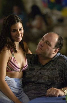 The Sopranos - Father and Daughter, Tony and Meadow Soprano Sopranos Cast, Die Sopranos, Tony Soprano, Best Tv Series Ever, Hbo Series, Meadow Soprano, Gangster Movies, Jamie Lynn, Portraits