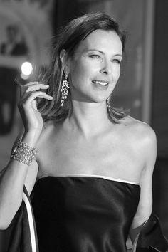 10f8aa845c9a Carole Bouquet Vigneron, Talentueux, Femmes, Photos De Célébrités, Jolies  Filles, Style
