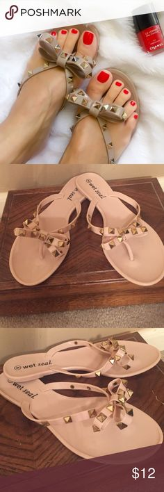 """""""Hey Is That Kate"""" studded sandals Nude flip flops with bow that is embellished with gold studs Shoes Sandals"""