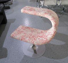 Sie Erwerben Einen Exclusiven Design Sessel By Meritalia   Entwurf / Design:  Fredrik Mattson   Model: Innovation C   Bezug: Stoff / Muster (siehe Abb.)   .