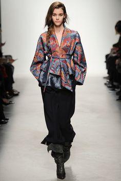 Leonard   Fall 2014 Ready-to-Wear