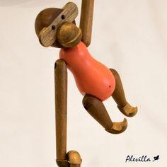 Trajimos piezas japonesas, hechas a mano y en teca ¡Decora tus espacios! Encuéntralas en www.alevilla.com.co  #AlevillaDecoración #AccesoriosDecorativos #ObjetosDecorativos