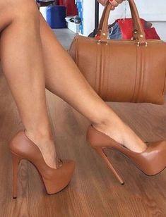 af2e3baa009 Sexy Brown Platform Heels😍 😍 Stilettos