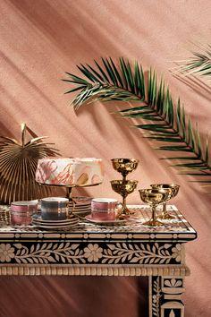 hm home 2019 Colorful Opulence In - hm Eclectic Design, Eclectic Decor, Ideas De Catering, Door Design, House Design, Design Set, Lounge Bar, Grand Vase En Verre, Hm Home