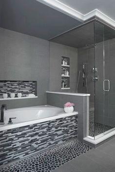 nice 66 Black and White Modern Master Bathroom Ideas https://homedecort.com/2017/05/black-white-modern-master-bathroom-ideas/ #upstairshallwayideas #modernpoolhall