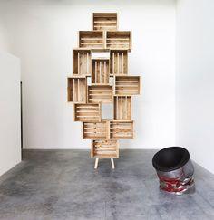 New Fruit Box Design Bookshelves Ideas Apple Crate Shelves, Apple Crates, Box Shelves, Pallet Shelves, Display Shelves, Shelving Units, Crate Shelving, Crate Bookshelf, Fruit Box