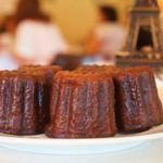 ビストロ・カフェ・ド・パリ - 料理写真:生チョコカヌレ。フランス•カヌレ地方の伝統のお菓子。もちっり食感が美味。お持ち帰りも出来ます。女子会にもどうぞ♪