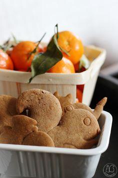 Oravanpesä: PIENEN KODIN JOULUKUUSI - 3 erilaista tyyliä. Eggs, Breakfast, Food, Egg, Hoods, Meals, Egg As Food