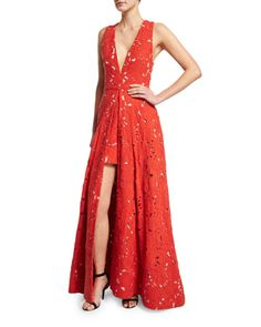 Francis+Sleeveless+V-Neck+Flared+Lace+Gown++by+Alice+++Olivia+at+Bergdorf+Goodman.