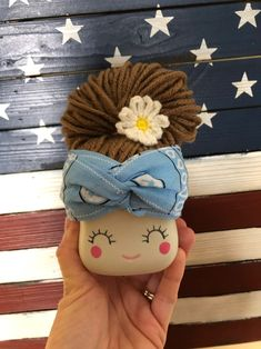 handmade by a lovely talented young lady for me .crochet marshmallow mug hat/wig . brown hair light blue bandana and a daisy. does not include mug. pairs great with Rae dunn and summer! I changed my color scheme so my change is your gain! Marshmallow Flowers, Valentine Hats, Cute Marshmallows, Pastel Candy, Bunny Crafts, Crochet Dishcloths, Diy Hat, Patriotic Decorations, Tray Decor
