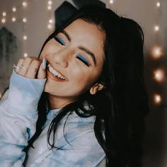 This look by 'blue' us away! Teen Girl Poses, Cute Girl Poses, Girl Photo Poses, Girl Photos, Self Portrait Poses, Portrait Photography Poses, Photography Poses Women, Toddler Girl Photography, Photography Pics