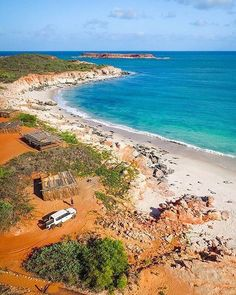 If you're keen to take a break and go off the grid, look no further than @kooljaman at Cape Leveque. This remote wilderness camp is located on Native Title land on @westernaustralia's beautiful Dampier Peninsula, and it's the perfect place if you're looking to take some time out from a busy schedule. The accommodation here is pretty low-key; pictured here are the beach camping shelters if you're fully equipped, or there safari tents and ensuite cabins if you prefer creature comforts. Photo…