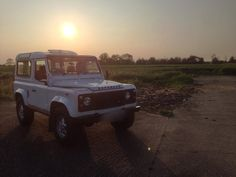 Doesn't need a filter! Trucky McTruck face looking stunning after her off-road trundle. Hinges are looking beautiful. Extra points for spotting Amy! #landrover #landroverdefender #defender #defender90 #defenderofthefaith #sunset #truck by landroverninety Doesn't need a filter! Trucky McTruck face looking stunning after her off-road trundle. Hinges are looking beautiful. Extra points for spotting Amy! #landrover #landroverdefender #defender #defender90 #defenderofthefaith #sunset #truck