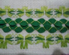 Spring has sprung with this interplay of greens - rickrack and counted threadwork on hardanger cloth. A perfect pattern idea for tea or hand towels.
