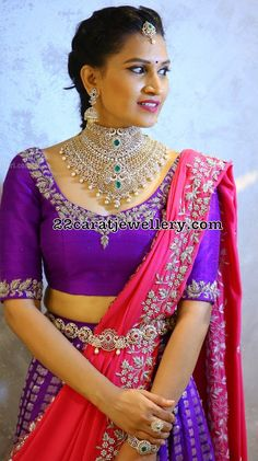 two in one latest diamond necklace from Amuktha Fine jewellery, bridal jewellery, heavy and grand wedding jewellery Simple Blouse Designs, Stylish Blouse Design, Bridal Blouse Designs, Saree Blouse Designs, Half Saree Designs, Lehenga Designs, Vaddanam Designs, Half Saree Lehenga, Saree Models