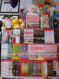 Anime and Manga Books Collection Galore   O_O OMG I SO WANT TO HAVE THIS