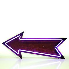 Vintage Marquee Lights: Marquee Light Neon Arrow, at 38% off!