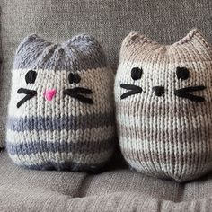 Check me-owt!  Download the (not so) Mini Kitty Pouf pattern at KnitPicks.com. Knit in The Big Cozy yarn.