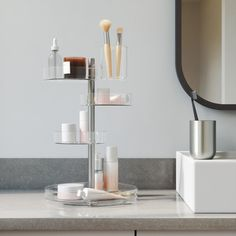 Umbra Pirouette kosmetiikkateline Small Space Organization, Bathroom Organization, Makeup Organization, Storage Spaces, Hair Tool Organizer, Make Up Organiser, Hanging Organizer, Makeup Holder, Makeup Storage