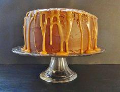 Daddy Cool!: Πανδαισία γεύσεων! Τούρτα -κέικ με βουτυρόκρεμα ,ganache σοκολάτας και καραμέλα!