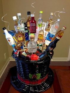 Holiday gift basket ideas gift baskets ideas celebrations christmas gift basket ideas for boyfriend Diy Christmas Baskets, Homemade Christmas Gifts, Homemade Gifts, Craft Gifts, Diy Gifts, Holiday Gifts, Christmas Diy, Christmas Presents, Diy Christmas Gifts For Men