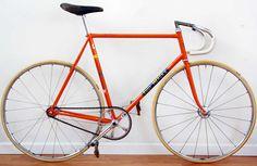 Eddy Merckx Vintage bike... Takes you back in time doesn't it?