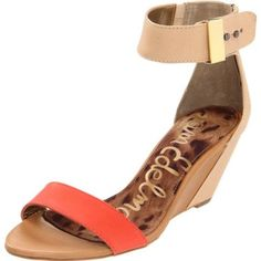 These are by far the sexiest shoes I have seen on a woman all week. Thanks Sarah :) #samedelman #sophiewedge #shoes