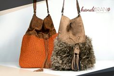 Πουγκί σουέτ..crochet bag..souet..handibrand Handmade Bags, Handicraft, Lana, Bucket Bag, 35, Tote Bag, Purses, Knitting, Crafty