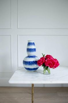This fine quality, Chinese Porcelain gives a twist to traditional blue and white. Handmade using the same tequniques that have been used for thousands of years, this Chinese antique reproduction porcelain is of the highest quality. | Caitlin Wilson