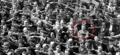 Het tragische verhaal van de eenzame Duitser die weigerde Hitler de Nazigroet te…