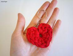 Crochet Jewellery, Craft Gifts, New Baby Products, Hearts, Earrings, Youtube, Jewelry, Crochet Mermaid, Crochet Hearts