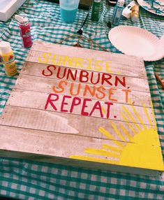 diy wooden home sign sunburn, sunset, repeat Cute Crafts, Diy And Crafts, Arts And Crafts, Cute Canvas, Canvas Art, Do It Yourself Inspiration, Summer Aesthetic, Home And Deco, Chalk Art