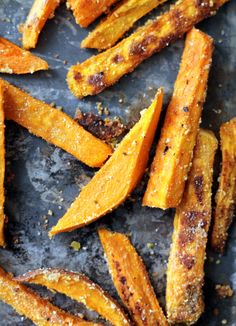 Healthy sweet potato fries with parmesan and garlic!