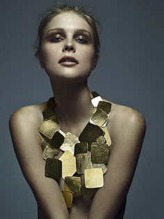 did i say i loved gold??  London Commodity Markets Precious Metal Investments http://londoncommoditymarkets.com