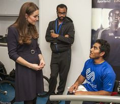 Duchess Catherine attended a training session of the SportsAid Foundation in London. The duchess is a patron of this association which helps young athletes.