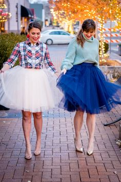 Style your tulle skirts for the holidays with these ideas, plus your chance to win one of these skirts from our friends at Patterns & Pops!