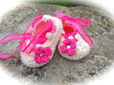 crochet baby booties - Crafty Mums - BabyCentre