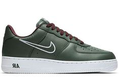 Men's Nike Air Force 1 '07 LV8 Reverse Stitch Casual Shoes